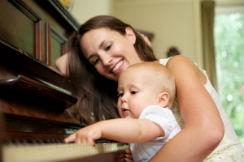 bebe-piano-i