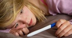 Familia disfuncional influye en embarazo no planeado.2