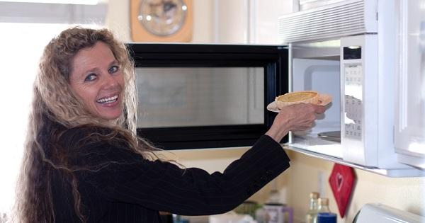 cocinar-horno-de-microondas