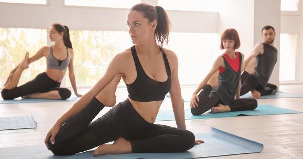 8 importantes beneficios que aporta el yoga a tu vida