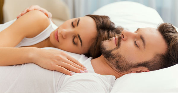 Resultado de imagen para dormir con pareja