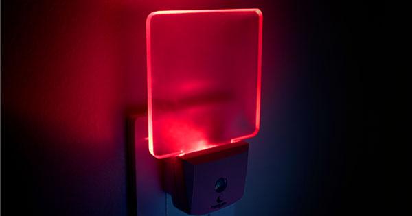 Luz roja durante la noche, ¿ayuda a mejorar la calidad del sueño? -  ClikiSalud.net | Fundación Carlos Slim